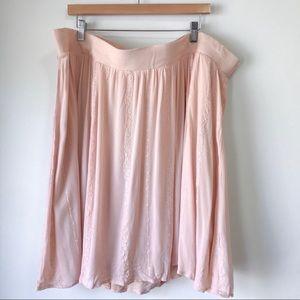 TORRID Full Lined Skirt Size 4